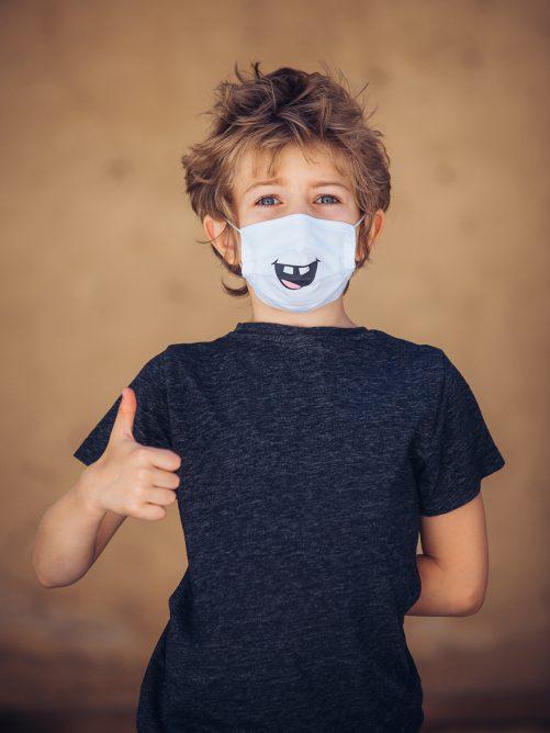 """Detské rúško na tvár """"Štrbinka medzi zubami"""""""